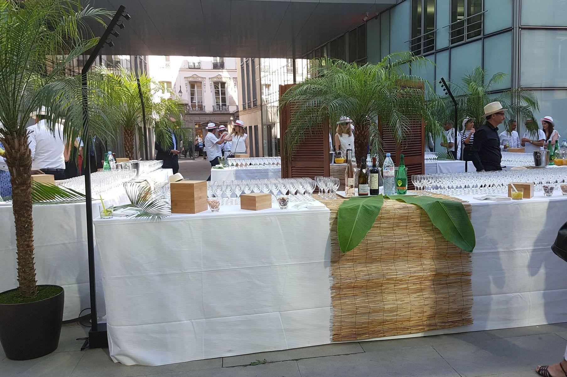 Cocktail brésilien sous les palmiers